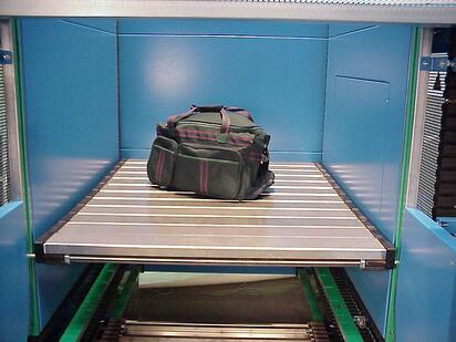 S-Conveyor Bagagge Platform w Bag